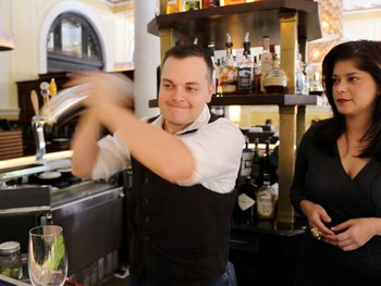Igo California Bartending School